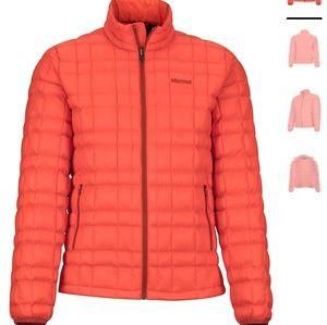 Womens Marmot 700 fill down puffer jacket